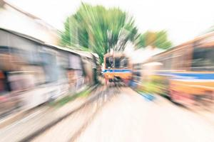 train de flou abstrait pour le fond photo