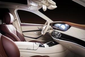 tableau de bord intérieur de voiture photo