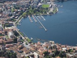 vue aérienne de côme photo