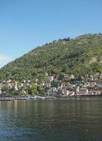 vue sur le lac de côme photo