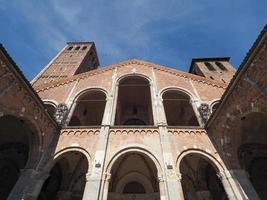 église sant ambrogio à milan photo