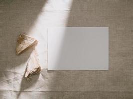 maquette de carte d'invitation, modèle de carte de voeux vierge. photo