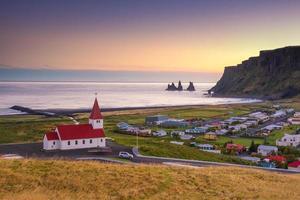coucher de soleil à vik islande photo
