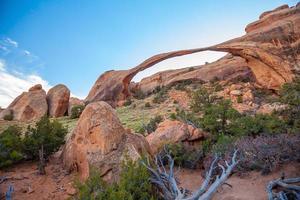 l'arche du paysage au parc national des arches en utah photo