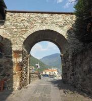 village de donnas porte est photo