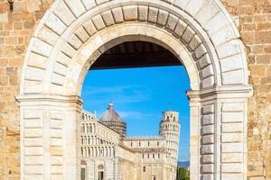 cathédrale de pise et tour penchée photo