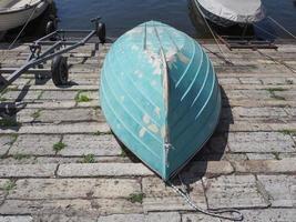bateau à l'envers photo