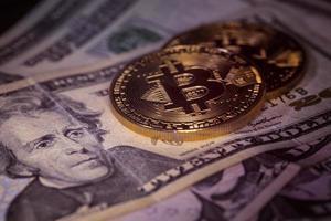 bitcoin et dollar, acheter bitcoin, échange de bitcoin photo