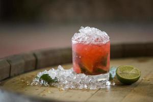 cocktail d'alcool rouge photo