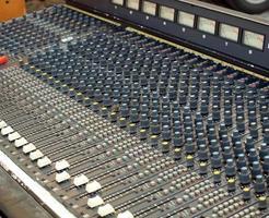 table de mixage analogique photo
