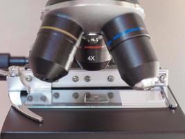 détail du microscope optique photo