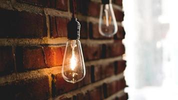 Ampoule décorative au tungstène de style edison antique photo