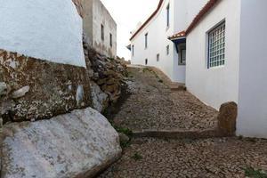 rue d'une vieille petite ville photo