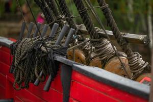 bord d'un bateau pirate. s'attaquer au voilier. photo