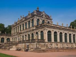 palais zwinger à dresde photo
