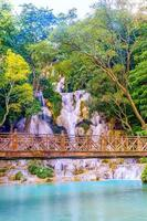 Cascade de Kuangsi à Luang Prabang, Laos photo