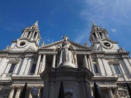 la cathédrale st paul à londres photo
