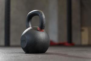 le poids d'entraînement crossfit en gros plan photo