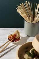 repas savoureux avec arrangement sambal photo