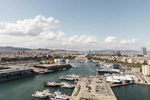 la belle ville côtière de paysage photo