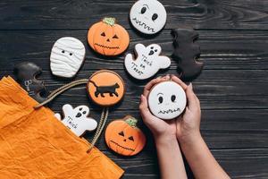 halloween avec du pain d'épice d'horreur. photo