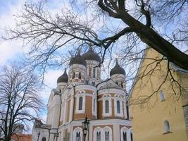 centre historique de la cathédrale saint alexandre nevski de tallinn estonie photo