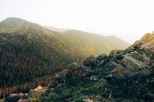 escalader une montagne photo
