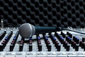 microphone de studio professionnel à condensateur photo