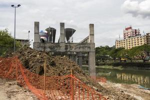 fin de la station de métro en raison du chantier de construction, kuala lumpur. photo