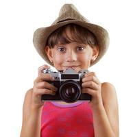 fille heureuse avec un appareil photo argentique