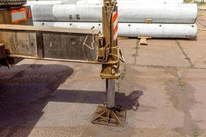 supports et châssis pour déplacer la grue à tour photo