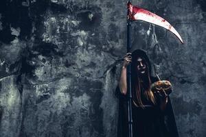 démon sorcier avec reaper photo