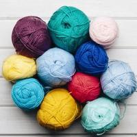 boules de laine formant un cercle photo