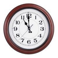 exactement onze heures sur un cadran rond photo