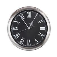 cinq heures sur un cadran d'horloge photo