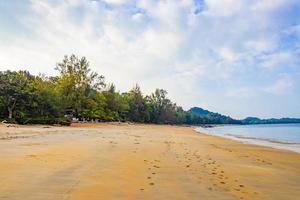 île paradisiaque tropicale koh phayam, thaïlande photo