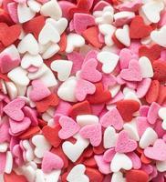 fond de forme de coeur rouge blanc et rose arrose photo