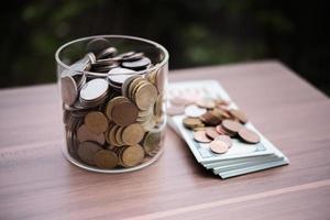 économiser de l'argent pour le concept d'investissement photo