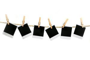 polaroids suspendus à la corde aucune ombre facilement extraite photo