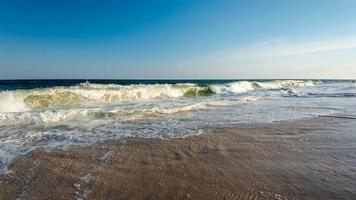 écouter les vagues de l'océan photo