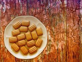 biscuits sur le fond en bois photo