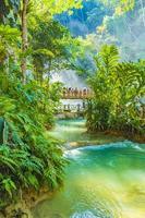 les plus belles cascades du monde cascade de kuang si luang prabang au laos. photo