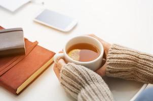 l'heure du thé en hiver photo