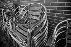 chaises de terrasse en métal photo