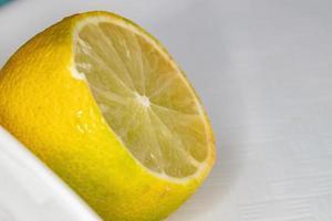 nourriture au citron en tranches photo