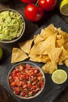 salsa et chips de pico de gallo maison
