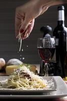 spaghetti à la sauce tomate au fromage