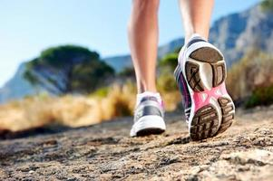 trail running femme photo