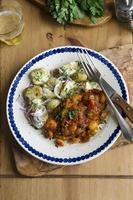 filets de poulet aux haricots beurre et pommes de terre nouvelles