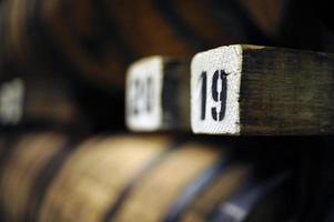 barils de whisky photo